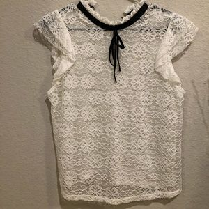 Cute White FOREVER 21 Lacey blouse